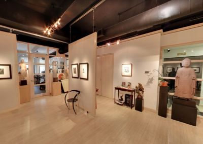 Throckmorton Fine Arts Gallery Showfloor