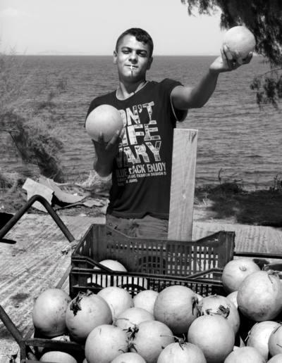 throckmorton-nyc_2013_jupsy_boy_selling_melons_inkjet_dsc_8529